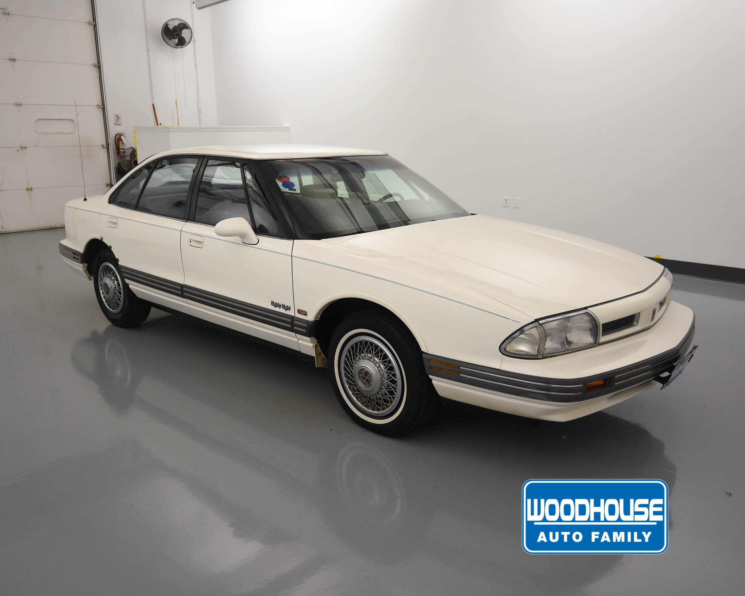 Pre-Owned 1992 Oldsmobile 88 Royale ROYALE