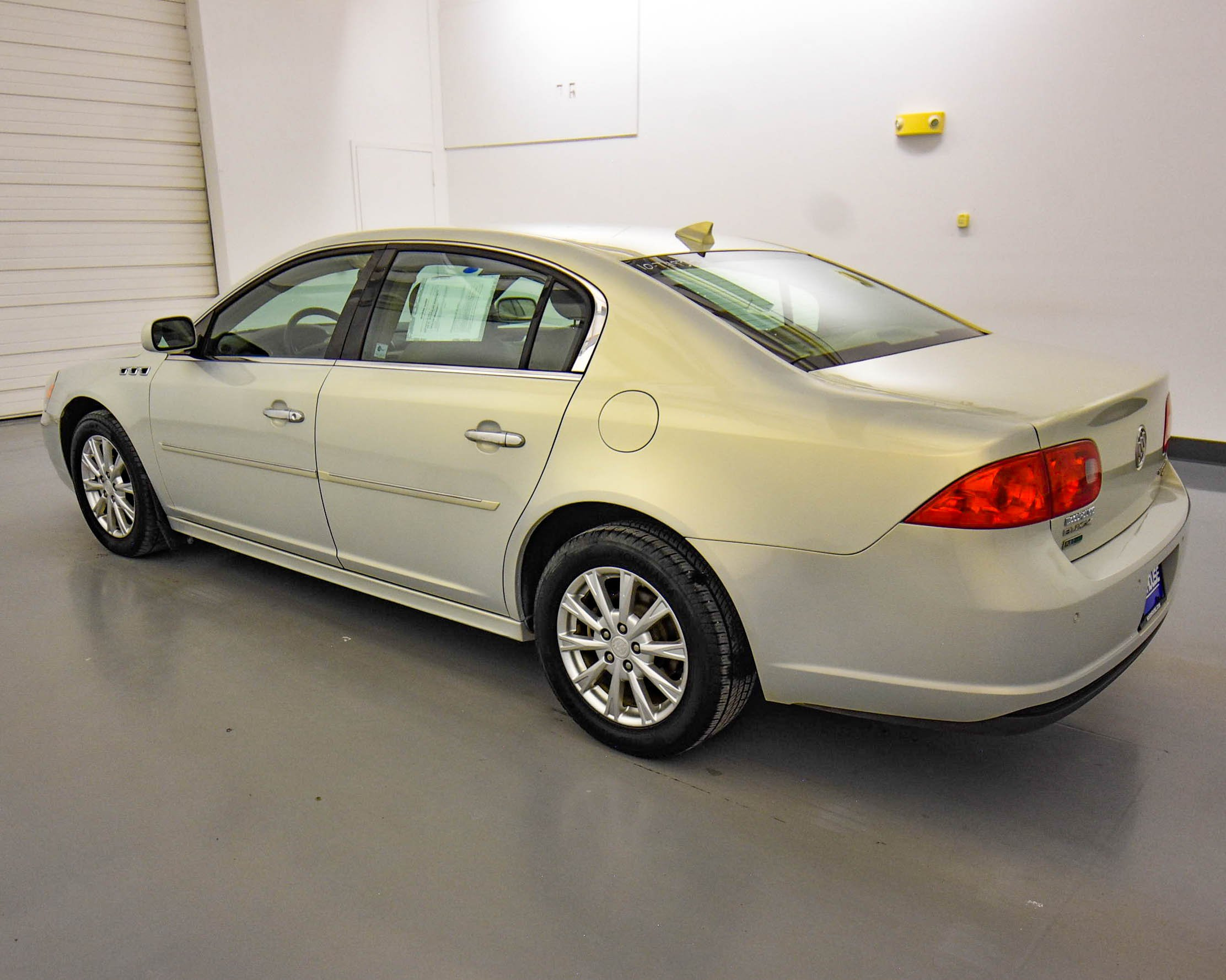 Pre-Owned 2010 Buick Lucerne CXL