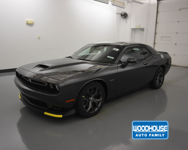 New 2019 DODGE Challenger Rt Coupe