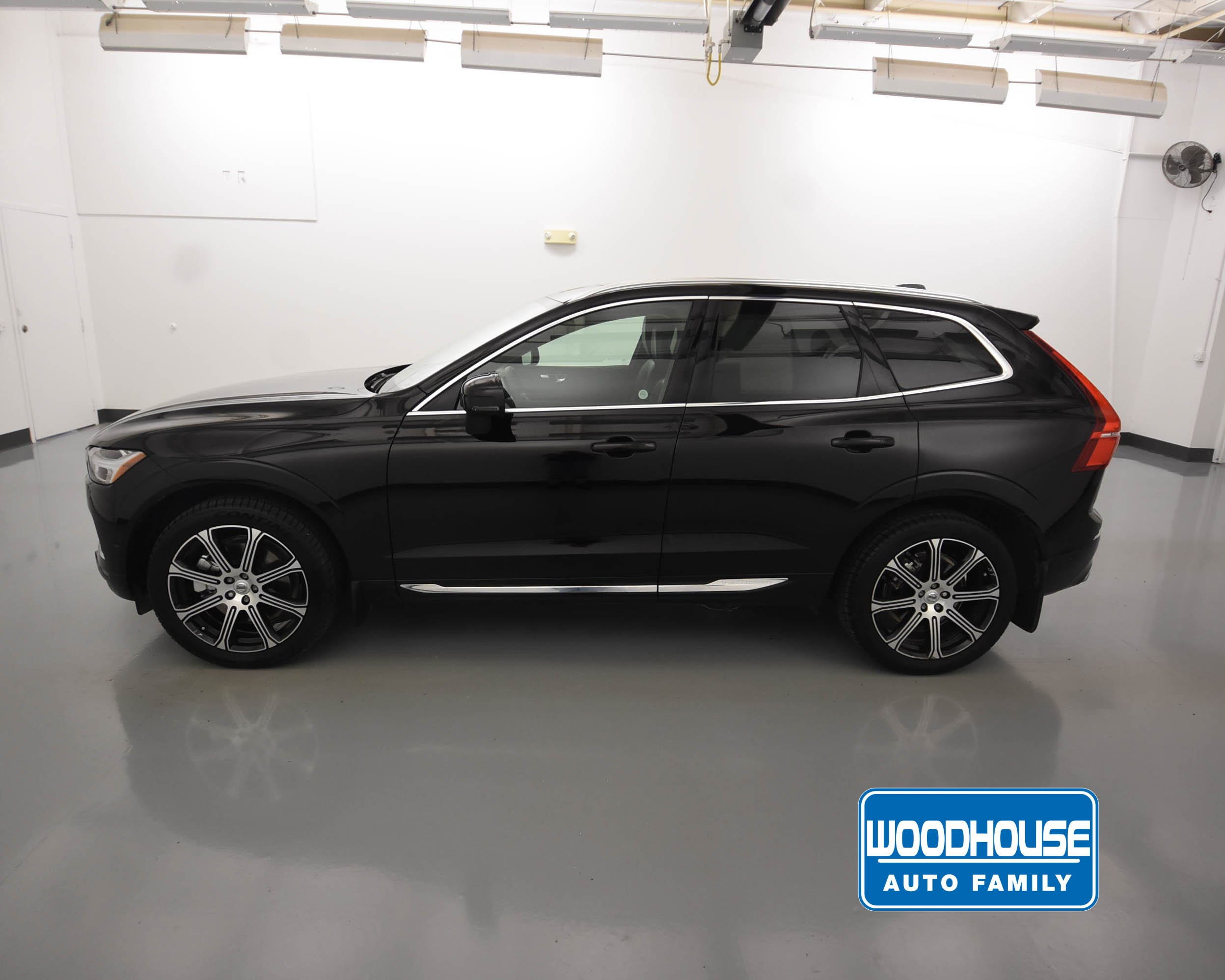 Pre-Owned 2019 Volvo XC60 Inscription