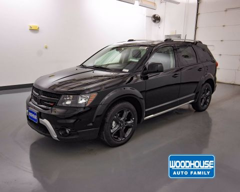 New 2019 DODGE Journey Crossroad FWD Sport Utility