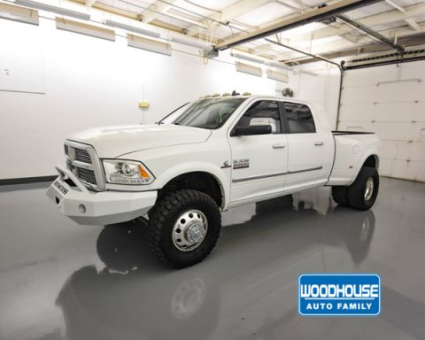 Pre-Owned 2014 RAM 3500 Laramie Sb Dually