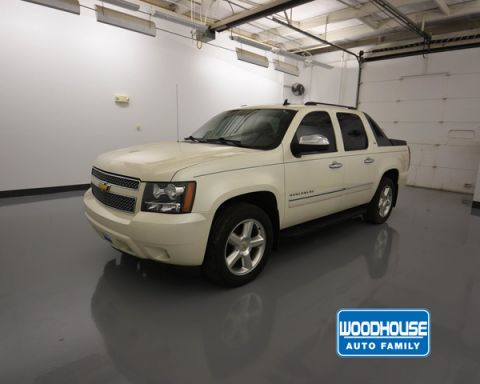 Pre-Owned 2009 Chevrolet Avalanche 1500 Ltz Sb